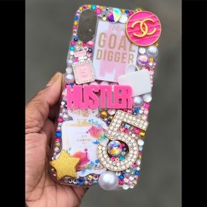 iPhone XR (?) Bling Phone Case
